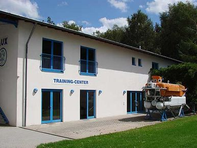 HAUX-LIFE-SUPPORT Training Center Karlsbad